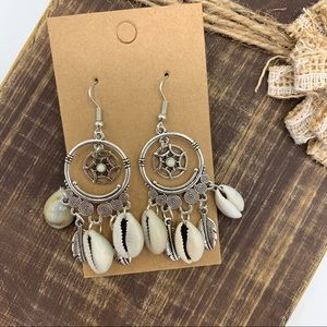 NWT Boho Dreamcatcher Seashell Hoop Earrings